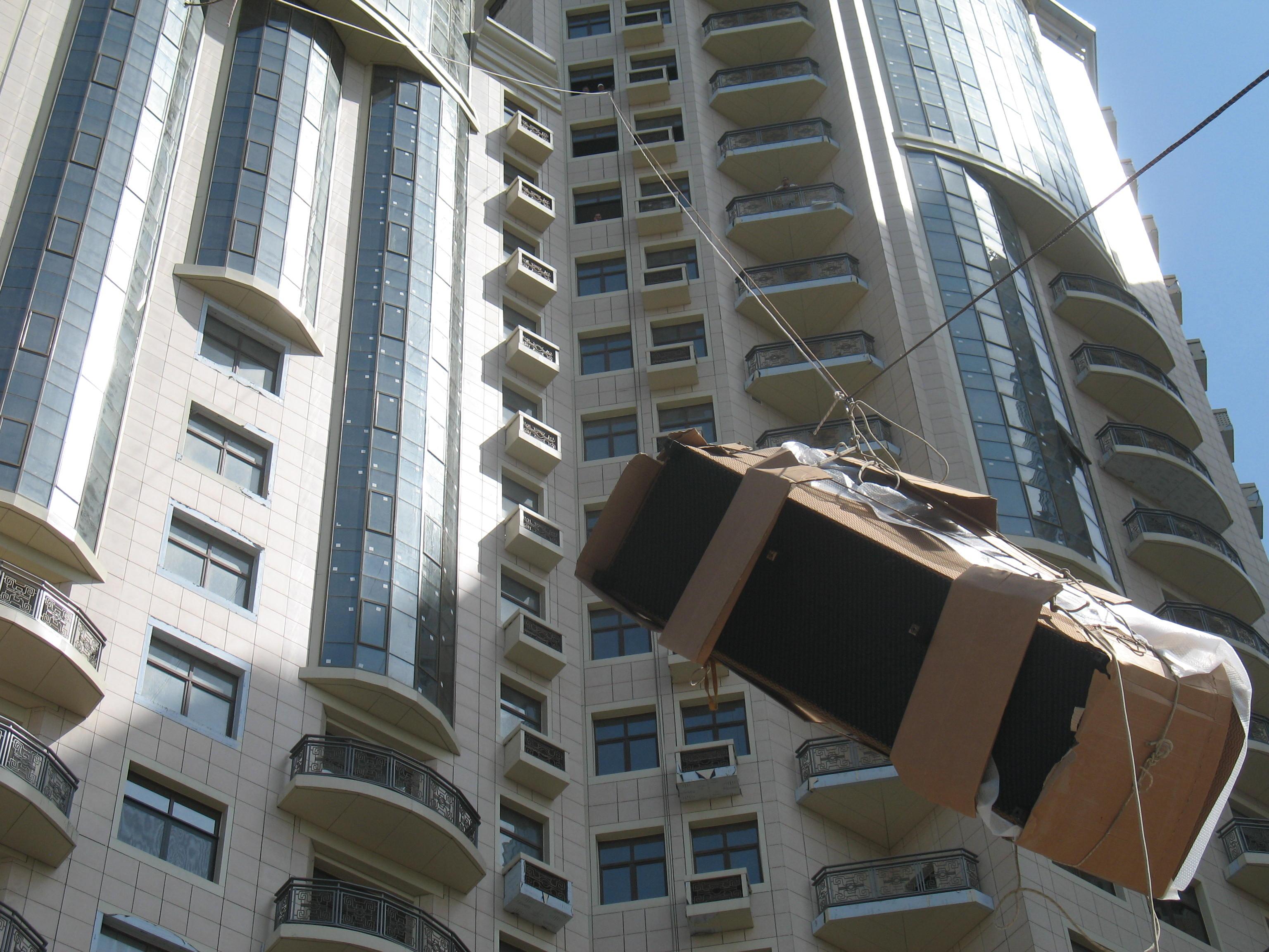 Подьем мебели 14 этаж «Ark Palace» (4)